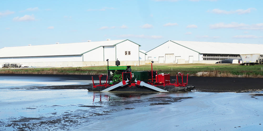 Liquid Manure Agitation Boat